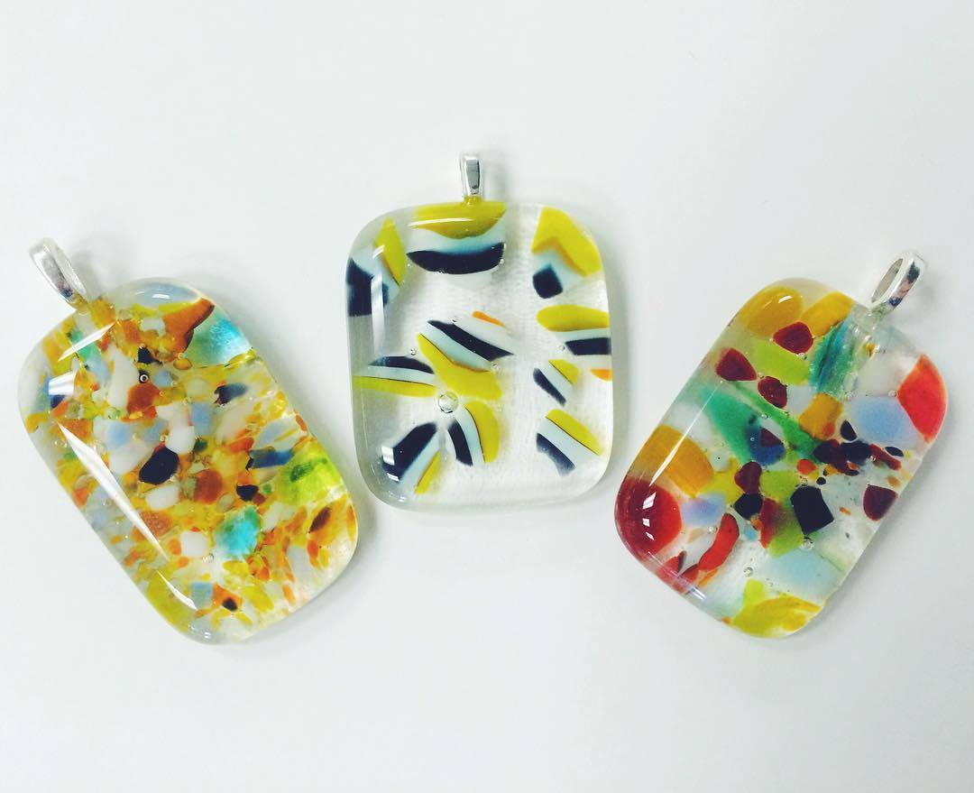 Glass Pendant Making Classes | Hocking College | Fused Glass Pendant Making - 3 Day Workshop<br><br>Sharon Warren