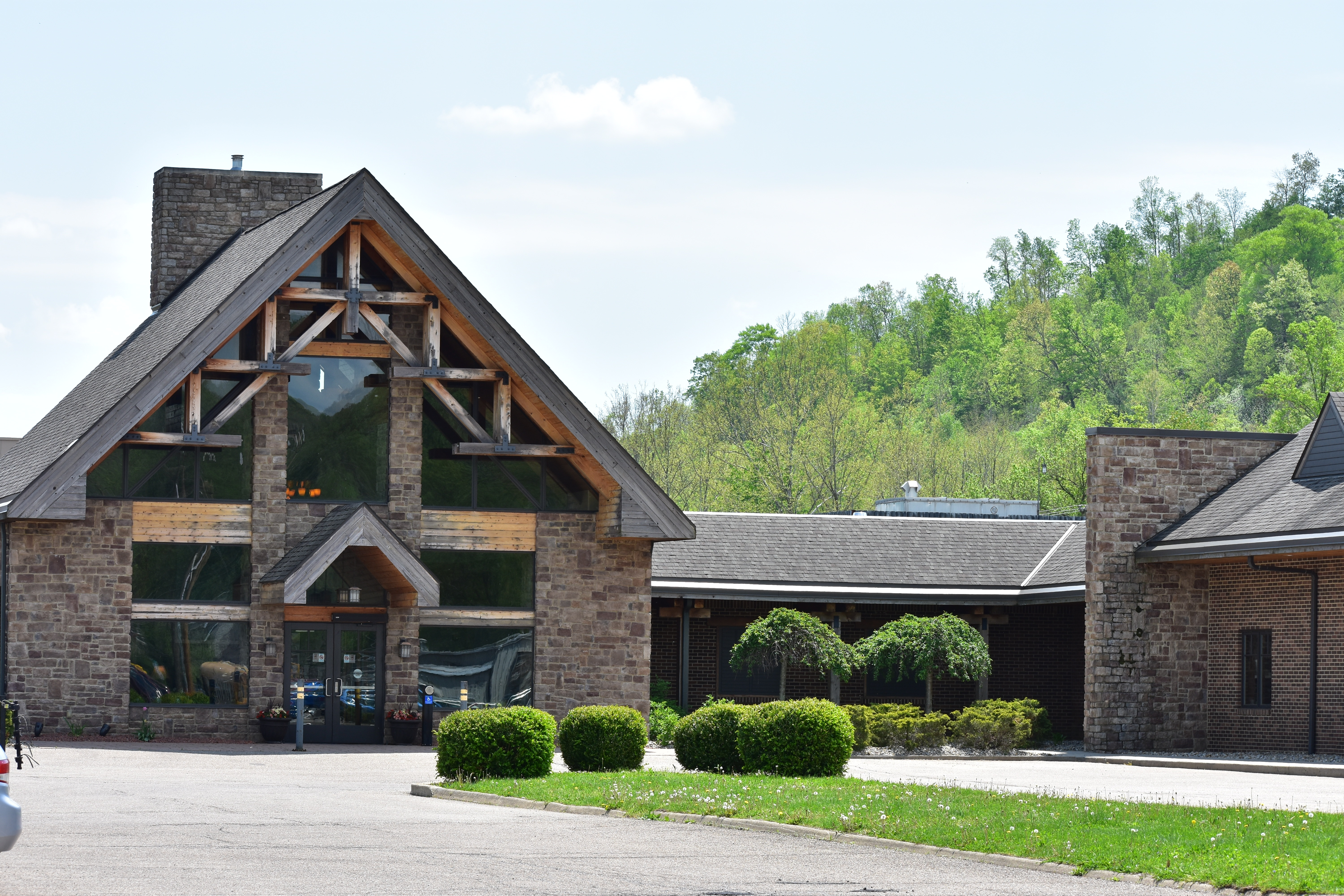 The Lodge at Hocking Hills | Exterior